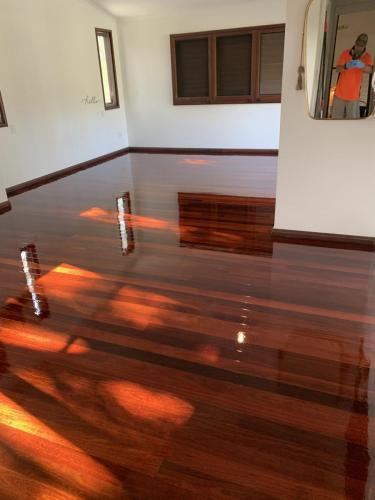 Dark Floor Sanding and Polishing Brisbane