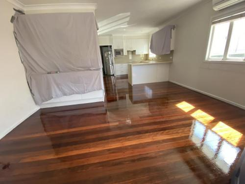 Living Room Sanding and Polishing Brisbane