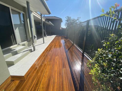 Deck Sanding and Polishing Brisbane